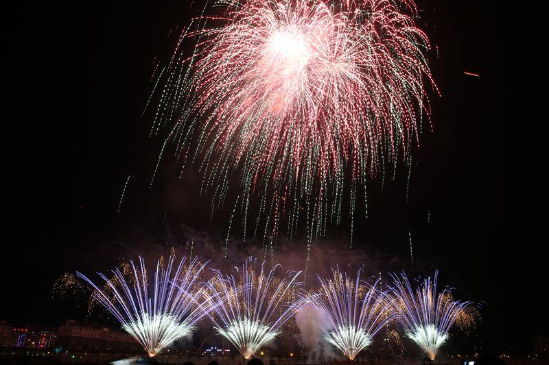 2015年01月安徽迎驾贡酒集团新年焰火晚会